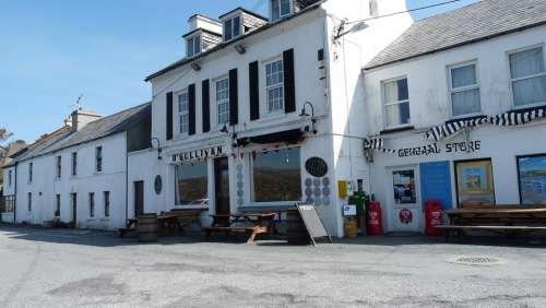 Ireland Village Old Town Building Tavern