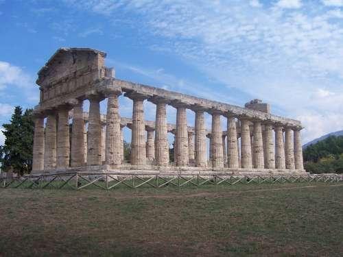 Italy Pompeii Columnar Old Paestum Building