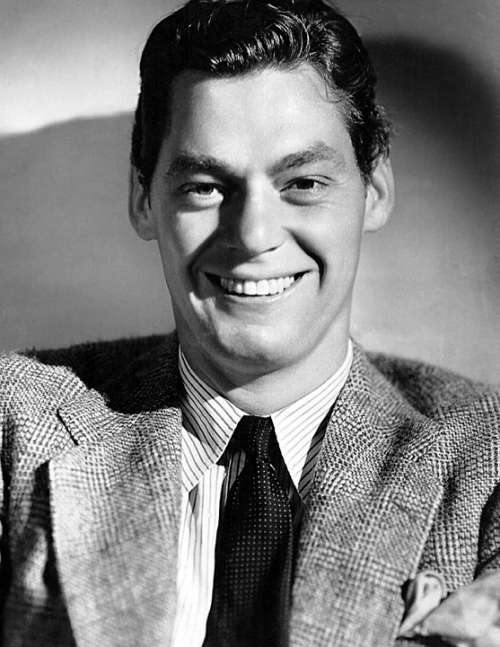 Johnny Weissmuller Actor Swimmer Competition Tarzan