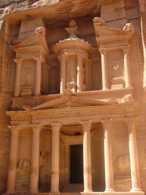 Jordan Petra Rock Town