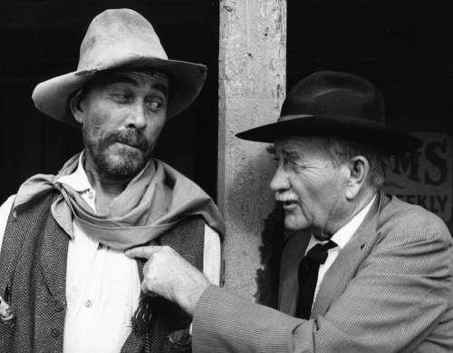 Ken Curtis Milburn Stone Actors Classic Television