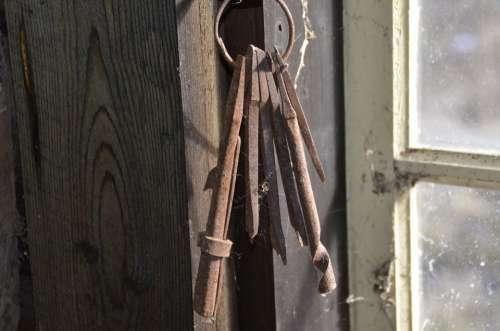 Keys Old Window