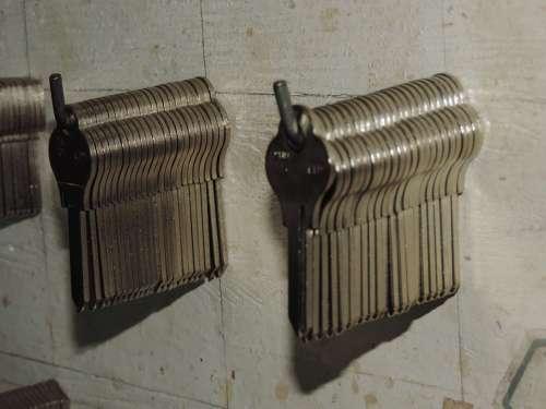 Keys Set Of Keys Silver Panel
