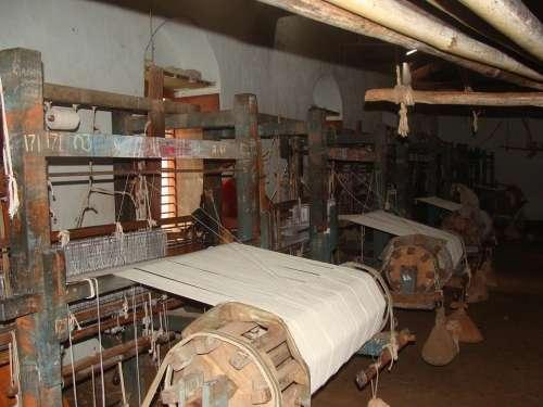 Khadi Coarse Cloth Garag India Weaving Yarn Making