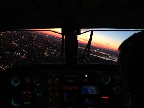 King Air Philadelphia Approach Landing Aircraft