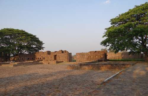 Kittur Fort Fort Ramparts Ruins Kittur Karnataka