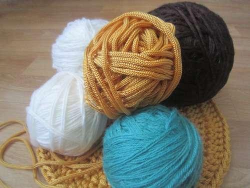 Knitting The Balls Acrylic