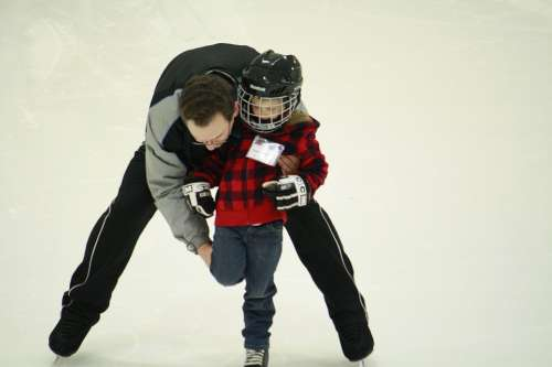 Learn To Skate Skating Lessons Ice Skate Child