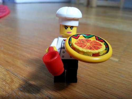 Lego Character Small Pizza Cook