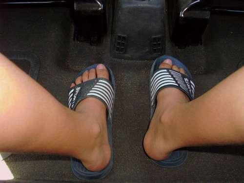 Legs Feet Ten Bath Slippers Mountain Pine Blue