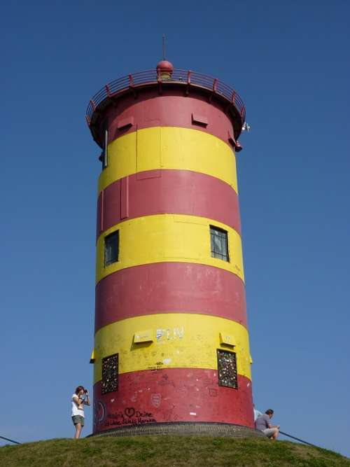 Lighthouse Otto Walkes Red Yellow
