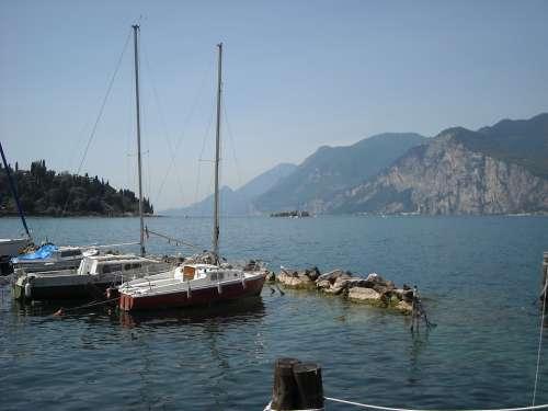 Limone Sul Garda Lakeside Sailing Boats Garda