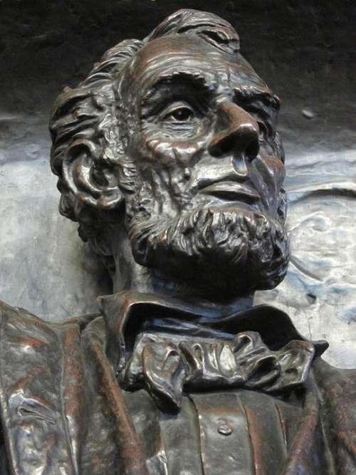 Lincoln Bronze Statue Sculpture President War