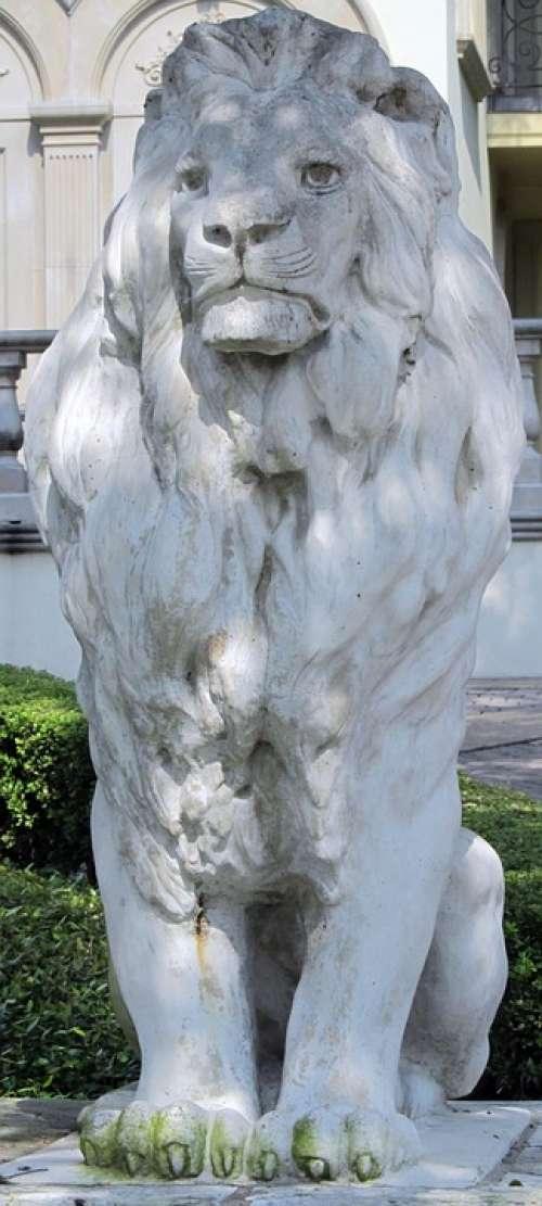 Lion Sculpture Stone Symbol House Architecture