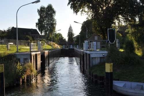 Lock Müritz Water Way Channel Water Barrage