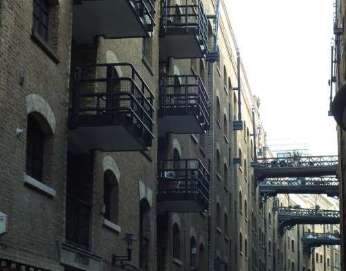London Warehouse Flats City Building Architecture