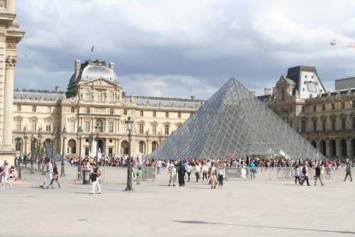 Louvre Paris Pyramid Glass Pyramid Museum France