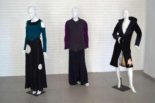 Mannequins Design Fair Communication
