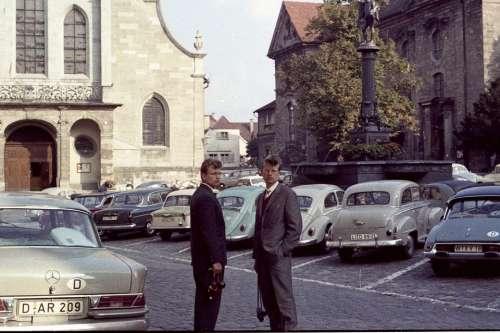 Men Historically Autos Daimler Oldtimer Lindau