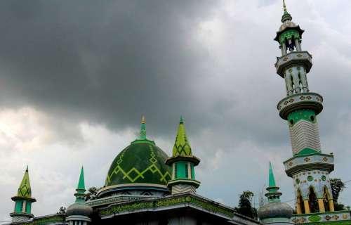 Menara Masjid Tanah Merah Bangkalan Jawa Timur