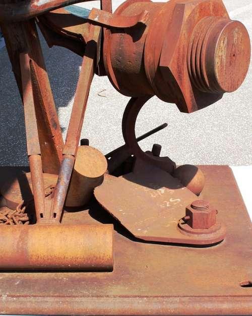 Metal Sculpture Screw Tool Rust