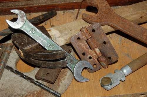 Metal Keys Tool Old Garage Table Rust