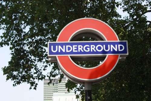 Metro Underground London Tub