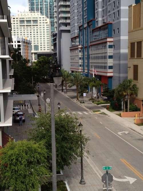 Miami City Center Street