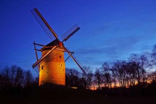 Mill Tower Windmill Windmill Historically