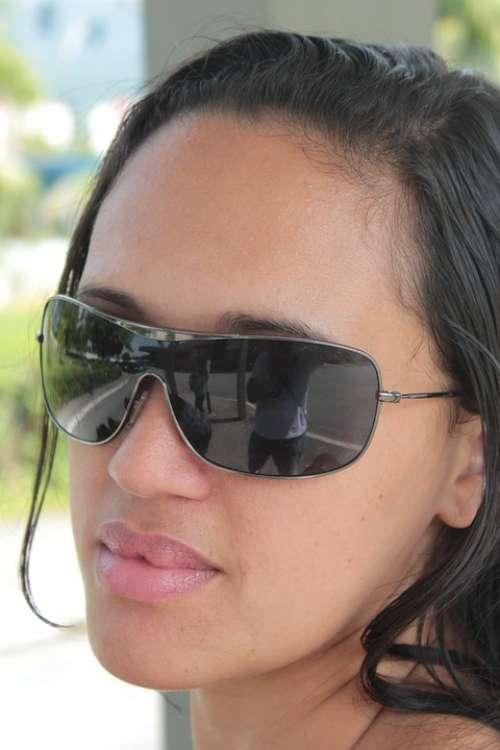 Model Brunette Girl Linda Sunglasses