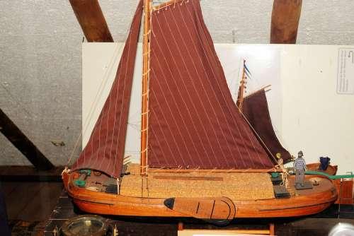 Model Boat Wooden Boat Modelling Antique Museum