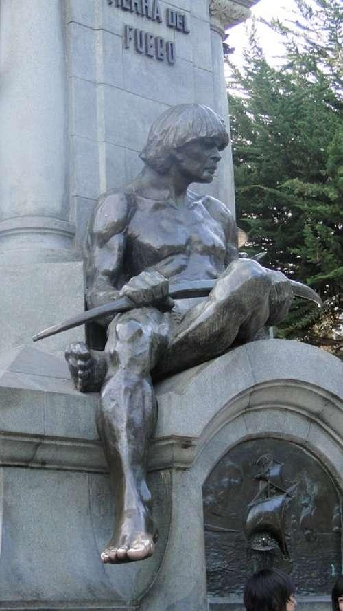 Monument Bronze Statue Aboriginal
