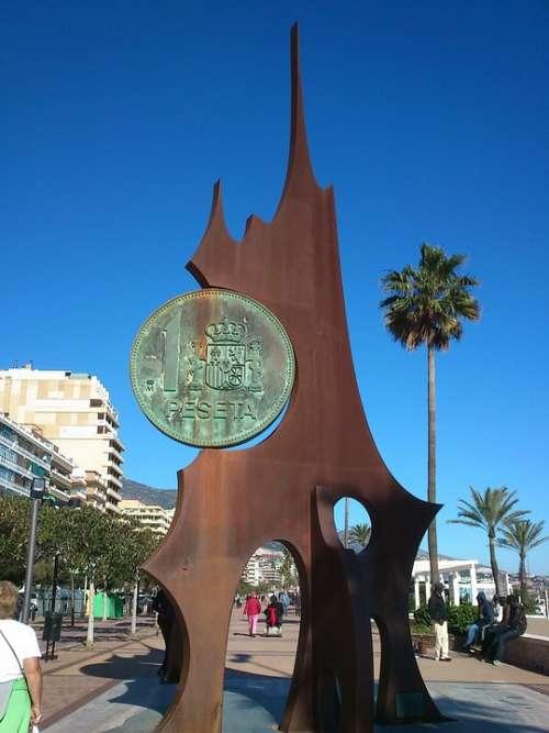 Monument To The Peseta Promenade Fuengirola