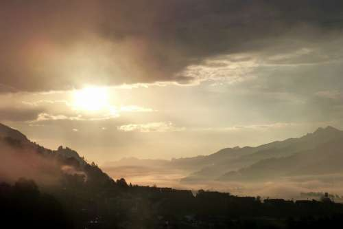 Morgenstimmung Clouds Mountains Backlighting