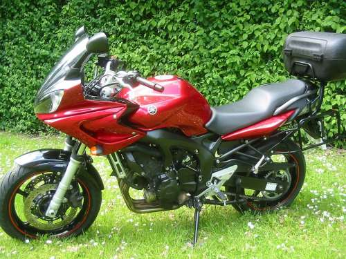 Motorcycle Facer Red Motorcycle Yamaha