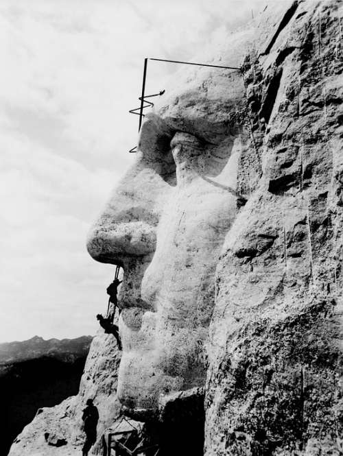 Mount Rushmore George Washington Construction Art