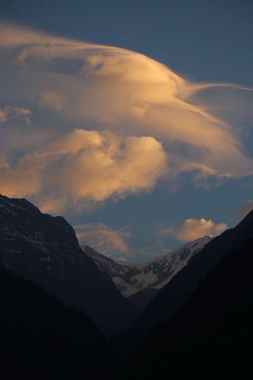 Mountain Cloud Morning Landscape Himalaya
