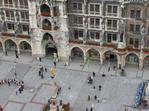 Munich Marienplatz City Center
