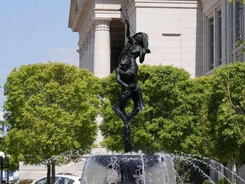 Nashville Statue Man Woman Naked People