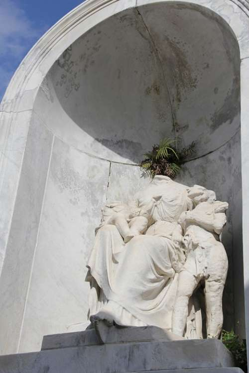 New Orleans Nola Statue Tomb Graveyard Monument