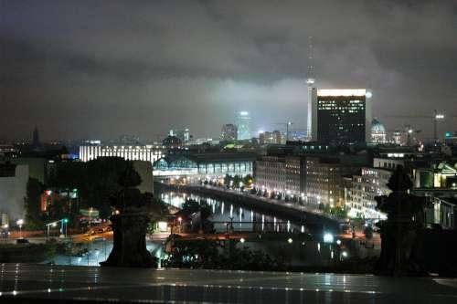 Night A Sprew Berlin Long Exposure Spacer Twilight