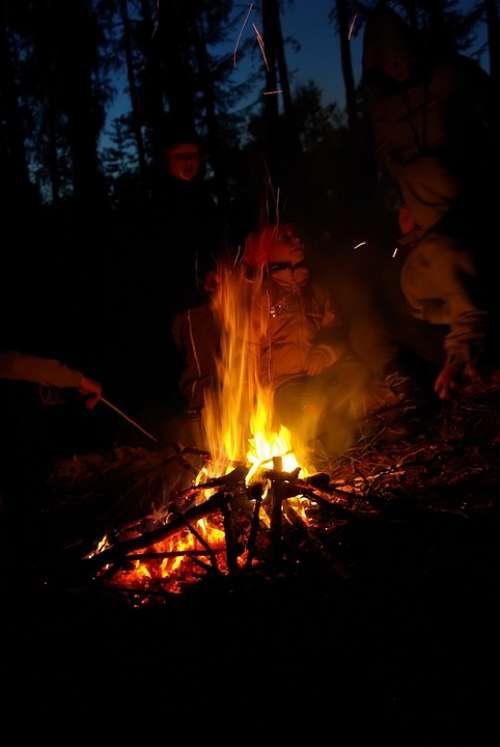 Night Koster Fire Kids Burn Campfire Forest