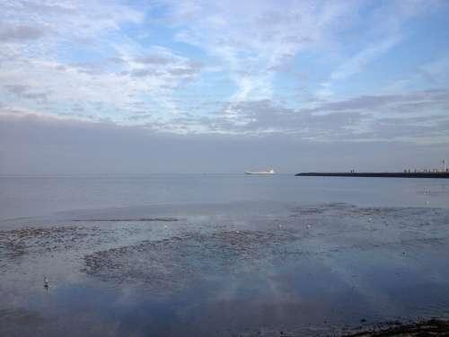 North Sea Atmosphere Sky Mirroring Blautöne Vision