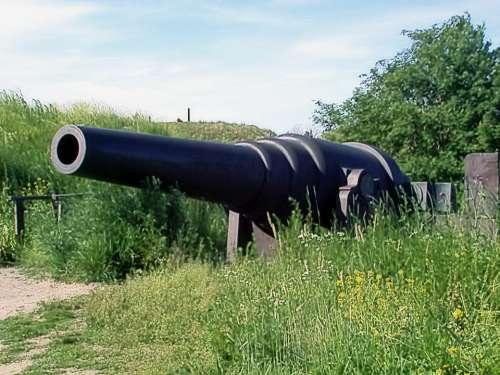 Old Coastal Cannon Cannon Sunny Sky Suomenlinna