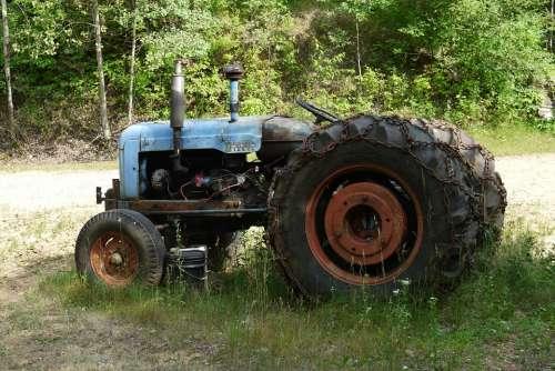Old Tractor Antique Tractors Vintage Farm