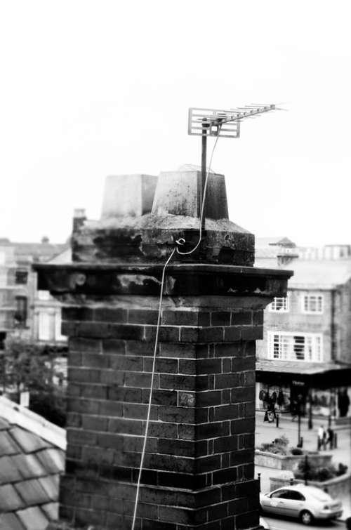 Old Chimney Brick Architecture Tv Antenna