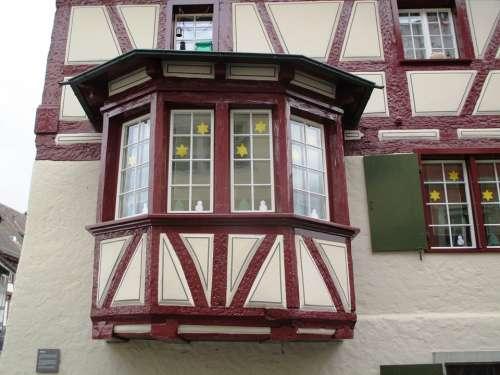 Historic Center Fassde Bay Window Truss Window