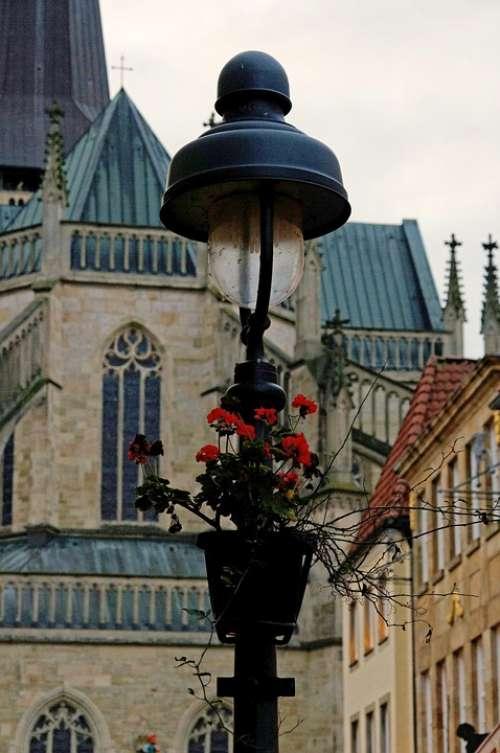Osnabrück Street Lamp Church