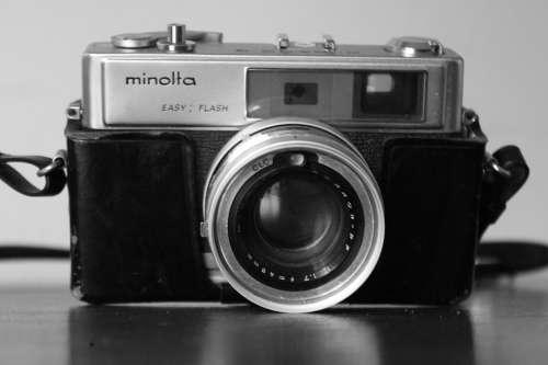 Paparazzo Minolta Camera Lens Objective