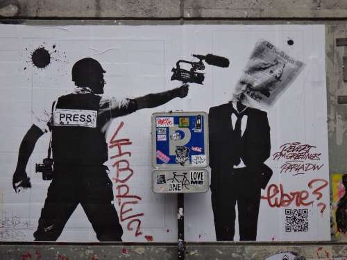 Paris Graffiti Policy Image Mural Creative